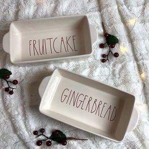 Fruitcake and Gingerbread Christmas Loaf Bake Set